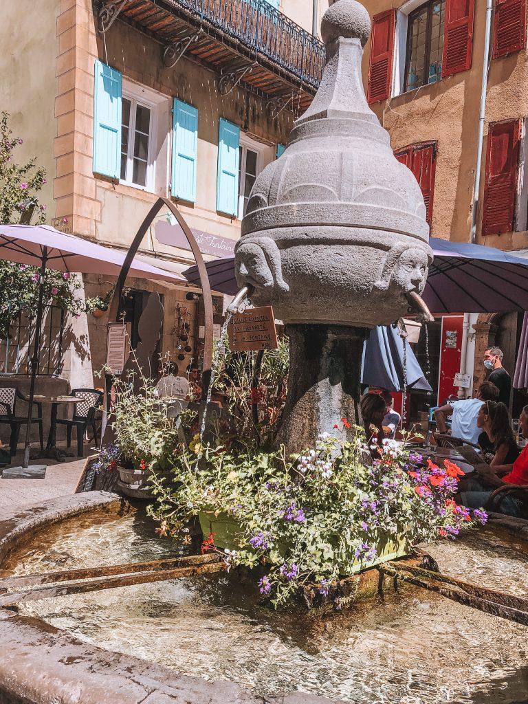 Que visiter dans les Gorges du Verdon : Village