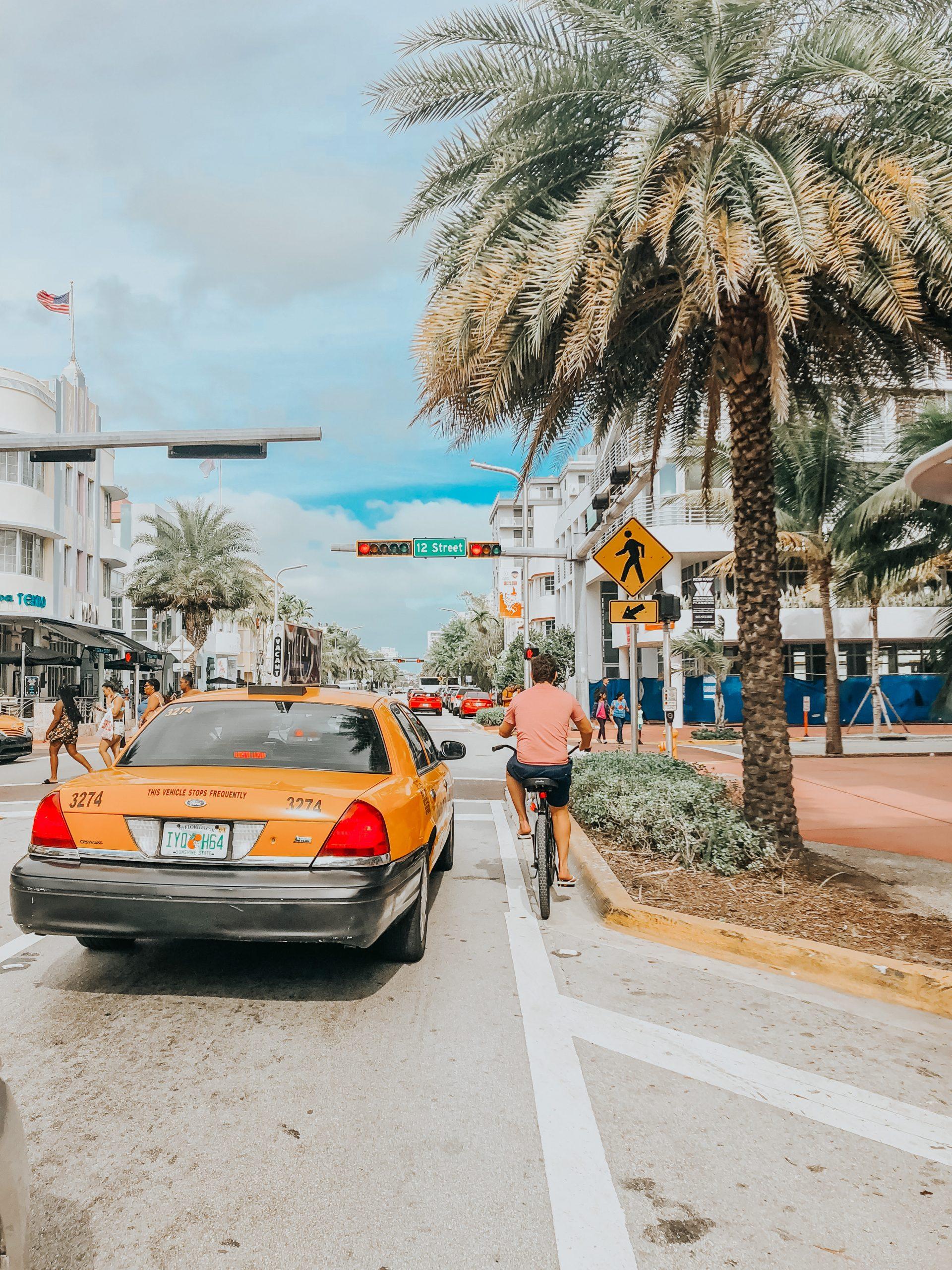 Vélo et taxi à Miami